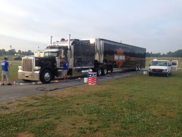 HD Vendor truck @ 2014 NHRA Summit Nationals.JPG