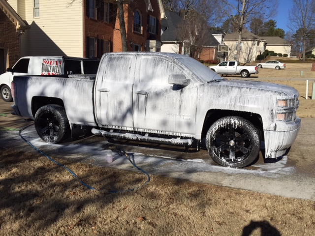 15-silverado-foam-bath